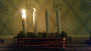 Vi tänder första ljuset i advent Foto: Lena Ahlström