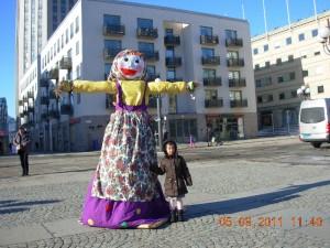 Maslenitsa-docka på Medborgarplatsen i Stockholm