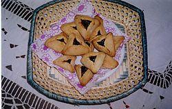 Hemgjorda Hamentaschen Foto från Wikipedia