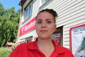 """""""Jag vill ge mina kunder det allra bästa,"""" säger Emelie Hermez.  Foto: Lena Ahlström"""