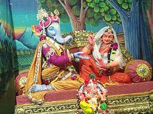 220px-Ganesha,Vadodara,_jpg,Sept_2011