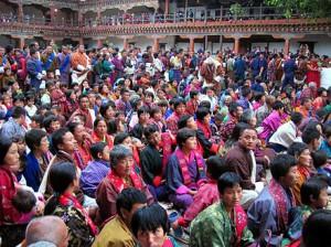 Festklädda invånare i Bhutan Foto: Wikipedia