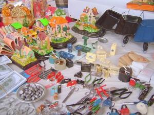 Miniatyrer på Alasitasmarknaden Foto från Wikipedia