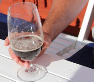 En kall öl en varm augustidag Foto: Lena Ahlström