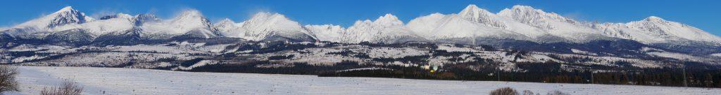 Panorama över höga toppar i Tatrabergen. Foto: Roman Herda