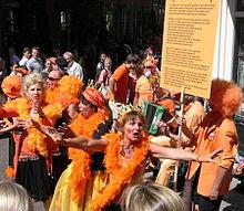 Så här kan monarkfirare se ut i Nederländerna. Bild från Wikipedia