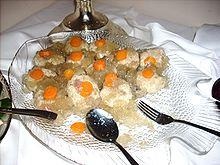 Gefillte Fish-bollar. Foto från Wikipedia