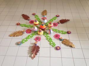 Hallgolv smyckat av indier i Thailand för Diwali. Foto: Åke Malm