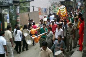 Dussehraprocession i Kullu, Indien. Foto: Kondephy